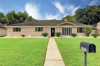 Friendswood Single Family Home For Sale: 16918 Townes Road