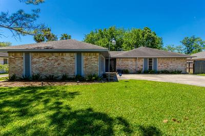 Pearland Single Family Home For Sale: 1904 Crooked Creek Lane