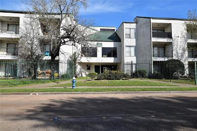 Houston Condo/Townhouse For Sale: 2832 S Bartell Drive #2