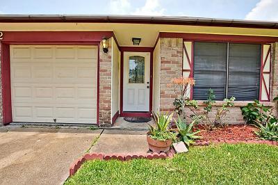 League City Single Family Home For Sale: 1812 Chickadee Drive