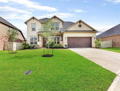 Rosenberg Single Family Home For Sale: 8215 Golden Shiner Ct