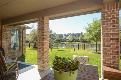 The Woodlands Single Family Home For Sale: 15 Kayak Ridge Drive