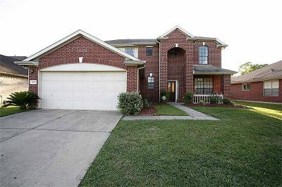 Sugar Land Single Family Home For Sale: 9622 Weldridge Drive