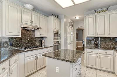 Lake Olympia, Lake Olympia/Villa Del Lago Single Family Home For Sale: 4602 Misty Hollow Drive
