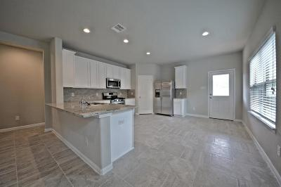 Galveston County, Harris County Single Family Home For Sale: 1412 Woods Lake Court