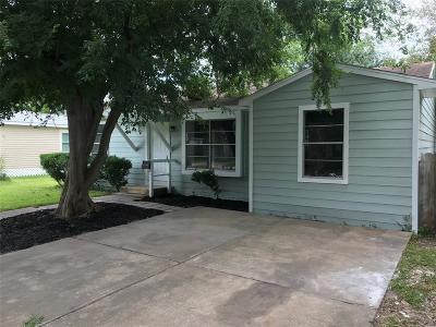 Deer Park Single Family Home For Sale: 7406 Elbridge Lane