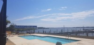 Seabrook Condo/Townhouse For Sale: 3535 Nasa Parkway #96