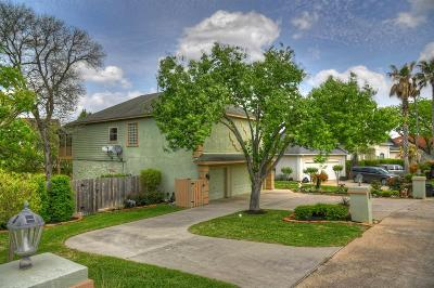 Montgomery Single Family Home For Sale: 120 Harbour Town Circle
