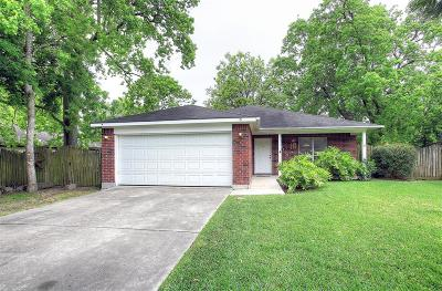 Kemah Single Family Home For Sale: 2110 Redwood Street