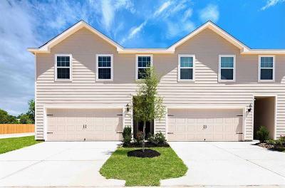 Waller County Single Family Home Pending: 201 Autumn Berry Lane