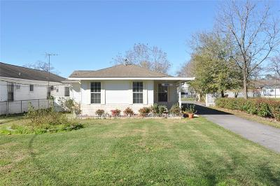 Channelview Single Family Home For Sale: 15919 Channelview Drive