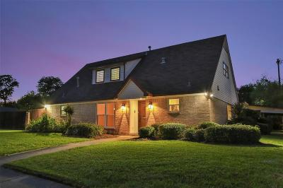 Houston Single Family Home For Sale: 4922 Poinciana Drive