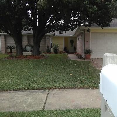 Houston TX Single Family Home For Sale: $159,900
