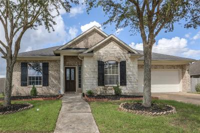 Pearland Single Family Home For Sale: 3431 Monarch Meadow Lane