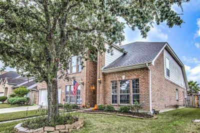 Webster Single Family Home For Sale: 320 Linda Lane