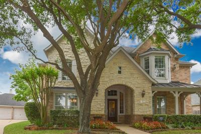Single Family Home For Sale: 14 Cardinal Bend Lane