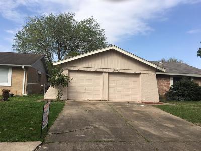 Houston Single Family Home For Sale: 5009 E Ridgecreek Drive