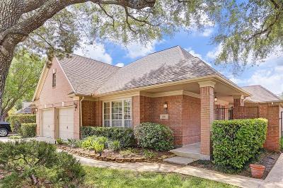 Houston Single Family Home For Sale: 13711 Carriage Walk Lane