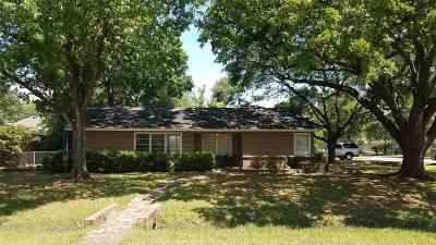 Houston Single Family Home For Sale: 9302 Rosstown Way Way