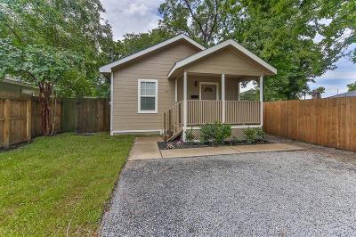 Houston Single Family Home For Sale: 318 E 37th Street