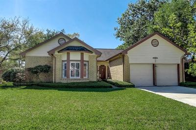 Sugar Land Single Family Home For Sale: 2914 Cottonfield Way