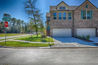 Humble Condo/Townhouse For Sale: 18503 Triana Bend Lane