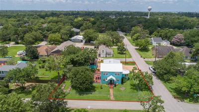La Porte Single Family Home For Sale: 3102 Weatherford Street