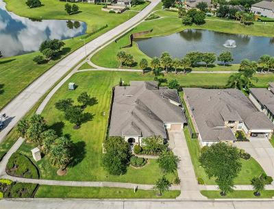 League City Single Family Home For Sale: 4632 La Escalona Drive