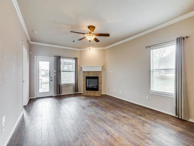 Conroe Single Family Home For Sale: 160 Snug Harbor Drive