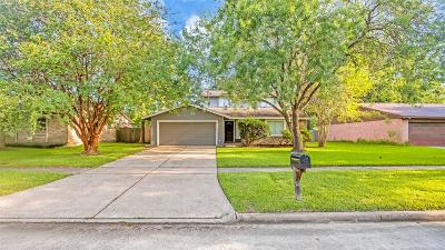 League City Single Family Home For Sale: 5806 Country Place