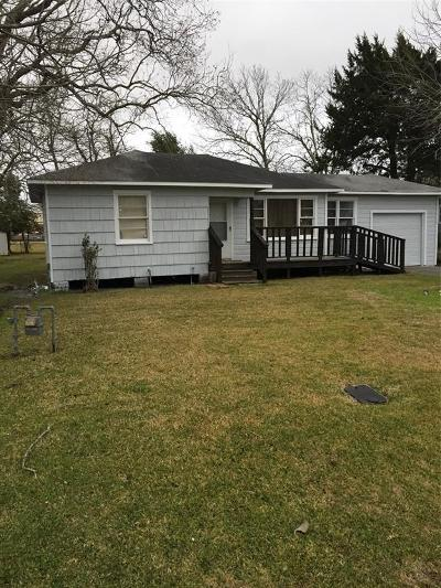 La Marque Single Family Home For Sale: 3910 McKinney Extension