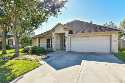Single Family Home For Sale: 1426 Cottage Cove Court