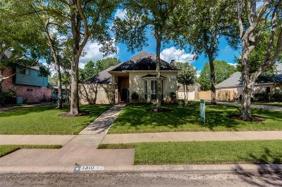 Fort Bend County Single Family Home For Sale: 1310 Bittersweet Drive