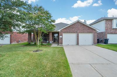 Tomball Single Family Home For Sale: 8719 Sorrel Meadows Drive