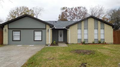 Baytown Single Family Home For Sale: 5124 Cinnamon Lane