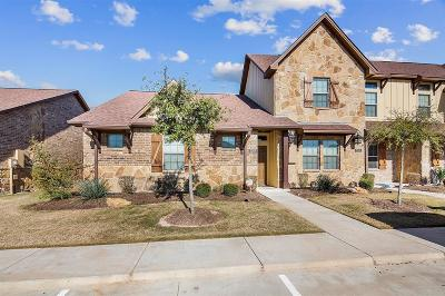 College Station Condo/Townhouse For Sale: 3209 Papa Bear Drive