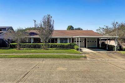 Pasadena Single Family Home For Sale: 2214 Harper Drive