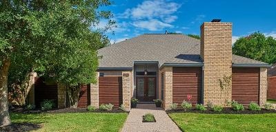 Houston Single Family Home For Sale: 12154 Piping Rock Drive