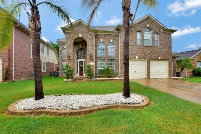 La Porte Single Family Home For Sale: 10427 Tree Hollow Circle