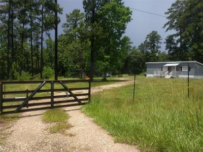 Willis Farm & Ranch For Sale: 15857 Rogers Road