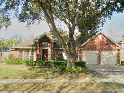 Friendswood Single Family Home For Sale: 1809 San Joaquin Parkway
