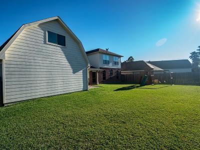 League City Single Family Home For Sale: 1705 Lapaz Court