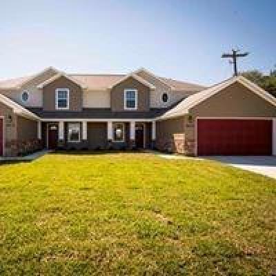 Rosenberg Multi Family Home For Sale: 2418-2420 Jones Street