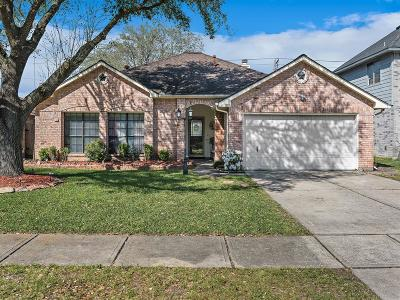 League City TX Single Family Home For Sale: $245,000