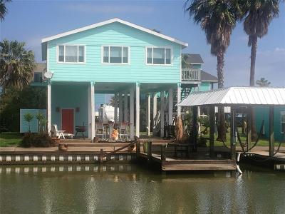Crystal Beach Single Family Home For Sale: 1249 Island Boulevard