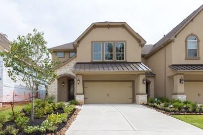 Conroe Condo/Townhouse For Sale: 151 Skybranch Drive