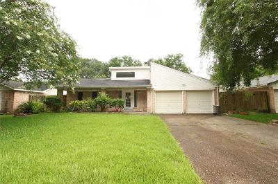 Spring Single Family Home For Sale: 2606 Knollbrook Lane