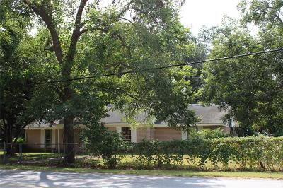 Sweeny Single Family Home For Sale: 402 E 2nd Street