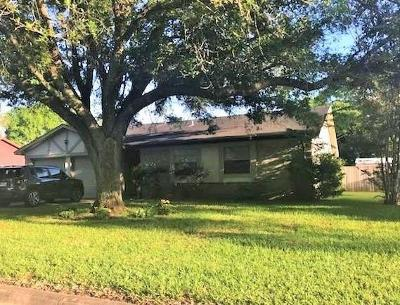 Alvin Single Family Home For Sale: 1719 Coffee Street