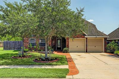 Pearland Single Family Home For Sale: 1821 Majestic Oak Drive